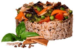 Жасминовый рис с копчёным тофу и овощами в соусе Понзу