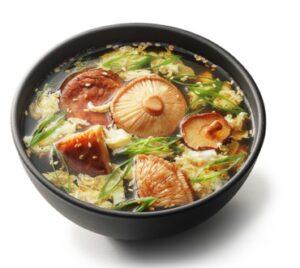 sup-s-gribami-shiitake-i-sake